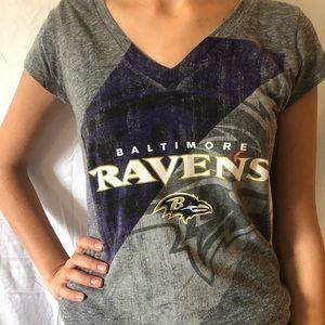 Grey Baltimore Ravens woman's tee shirt